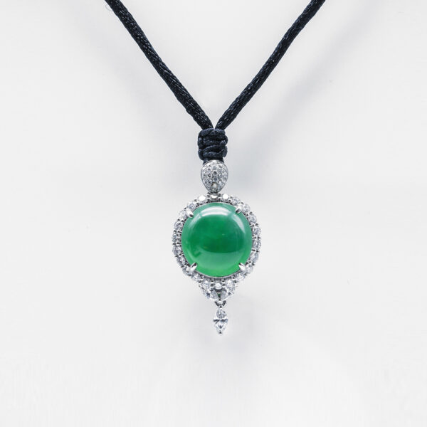Translucent Green Cabachon Jadeite Jade Pendant